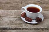 Kopp te och choklad — Stockfoto