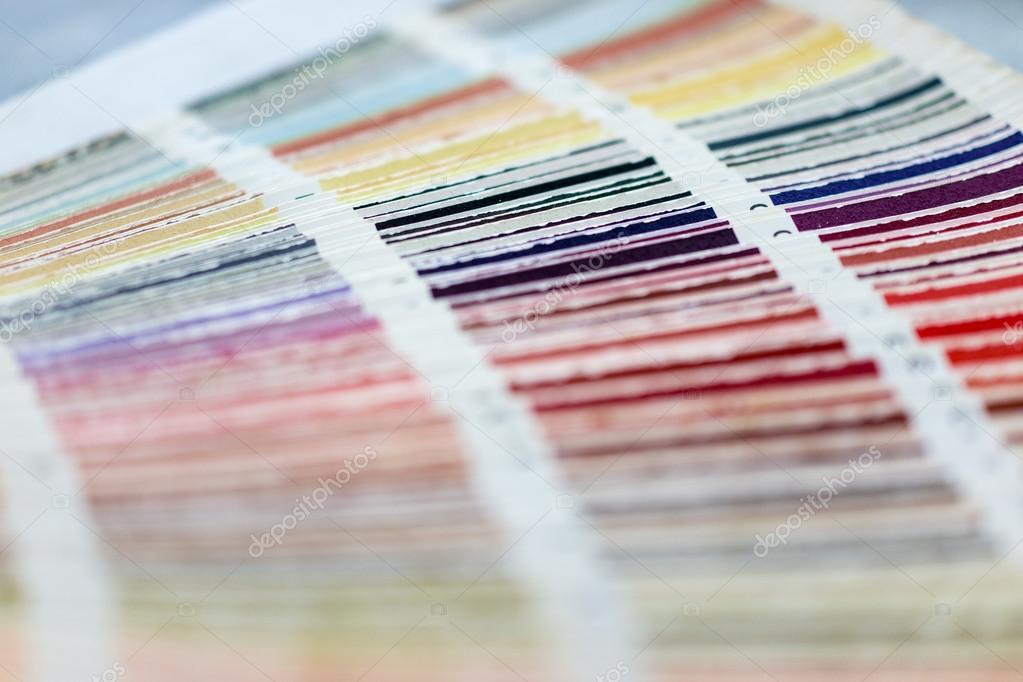 Libro dei campioni di colore con catalogo colori campioni - Libro immagini a colori ...