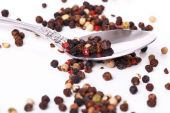 Peppercorn with a spoon — Stockfoto