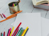 Blank notepad on the table — Stock Photo