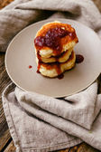 Delicious homemade pancakes on plate — Stock Photo