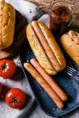 Delicious hot dog and ingredients — Foto Stock