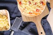 Delicious pizza on the table — Stock fotografie