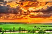 Sunset over the plain — Φωτογραφία Αρχείου