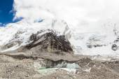 Himalaya mountains melting glaciers global warming — Stock Photo