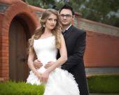 在自己的婚礼上新郎和新娘 — 图库照片