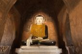 Ancient architecture of old Buddhist Temples at Bagan Kingdom, M — Stockfoto