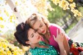 Relationship between the two women — Stock Photo