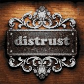 Distrust vector metal word on wood — Vettoriale Stock