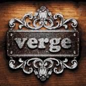 Verge vector metal word on wood — Stock Vector