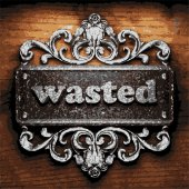 Wasted vector metal word on wood — Vector de stock