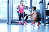 Young couple at the gym — Stock Photo