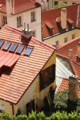 Houses with traditional red roofs in Prague — Stock Photo