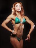 Beautiful woman bodybuilder — ストック写真