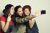 Hipster girls best friends taking selfie — Stock Photo