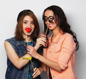 Two stylish sexy hipster girls best friends — Stock Photo