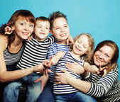 Two moms and three kids — Stock Photo