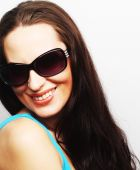 Brunette portrait with sunglasses — Stock Photo