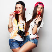 Two young pretty hipster girls — Stock Photo