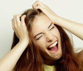 Krásná mladá žena překvapená — Stock fotografie
