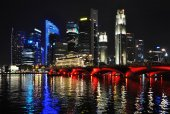 Singapore city skyline at night. — Stock Photo