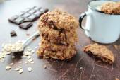 Oat cookies with dark chocolate — Stock Photo