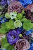 Blue and purple bridal bouquet — Stock Photo