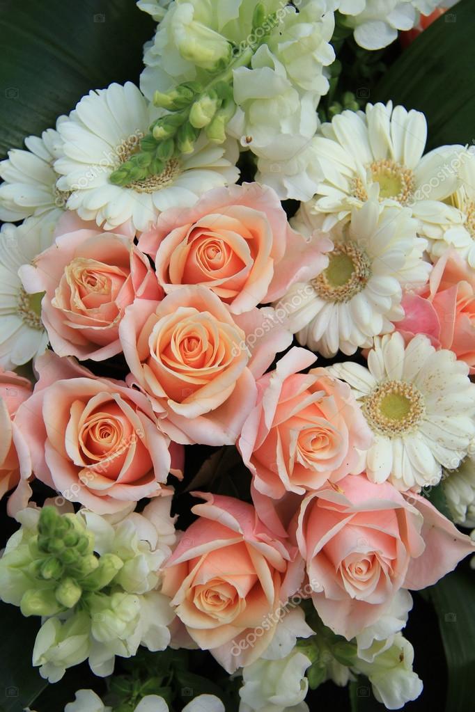 Rose e gerbere fiori matrimonio foto stock portosabbia for Fiori gerbere