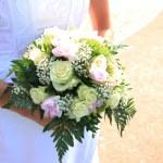 Bride holding bouquet — Stock Photo #72347593