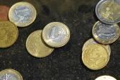 Monety pod wodą — Zdjęcie stockowe
