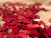 Heart shaped confetti — Stock Photo