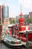 Hamburg Niemcy, statek w Hamburskim porcie — Zdjęcie stockowe