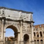Arco de Constantino and Colosseum in Rome, Italy — Stock Photo #76284825