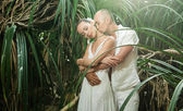 Love story in jungle — Stockfoto