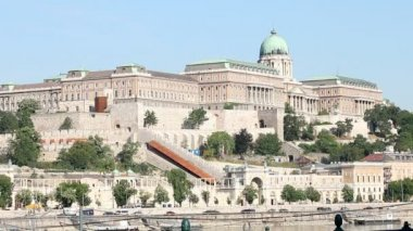 Buda castle historic landmark Hungary — Stock Video