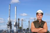 Worker and petrochemical plant oil industry — Stock Photo