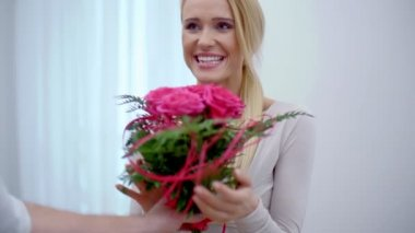 Pretty Girl Surprised with Bouquet of Flowers — Stock Video
