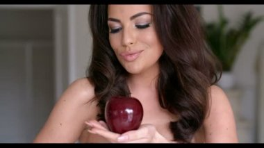 Pretty Woman with  Red Apple — Stock Video