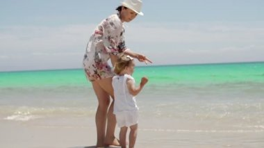 Mom and Daughter Enjoying at the Beach — Stock Video