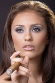 Elegante rookvrije vrouw — Stockfoto