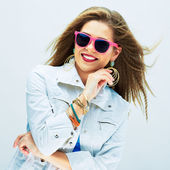 Smiling fashion model in funky style. — Stock Photo