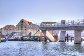 Building of bridge is in city Copenhagen — Stock Photo