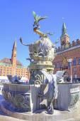 Copenhaga. dragão rasgando de fonte touro — Fotografia Stock