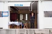 San-Sebastian. Little harbor fish restaurant on the ashore — Stock Photo