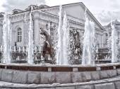 Moscow. Fountain. Manezhnaya Square  and Alexander Garden. Infra — Stock Photo