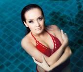 Woman swimming — Stock Photo