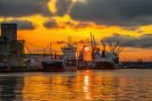 Puerto de gdansk al atardecer — Foto de Stock