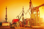 Cranes in historical shipyard — Stock Photo