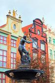 Naptune statue and fountain — Stock Photo