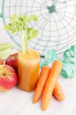 Carrot and apple juice — Stock Photo